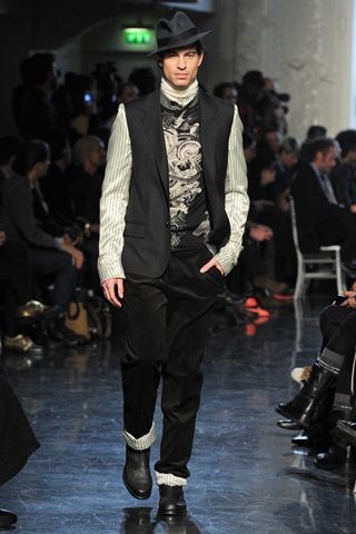 images/cast/10150473640357035=my job on fabrics Fall 2012 jean paul gaultier man collection